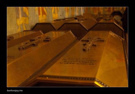18kremlin06-tomb3.jpg