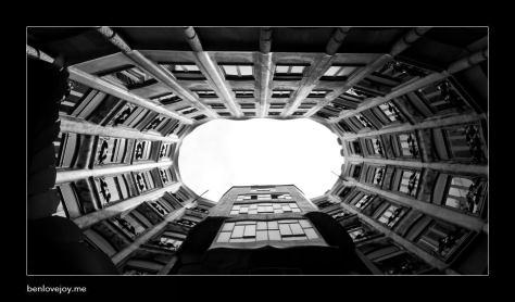 barcelona-la-pedrera_8796