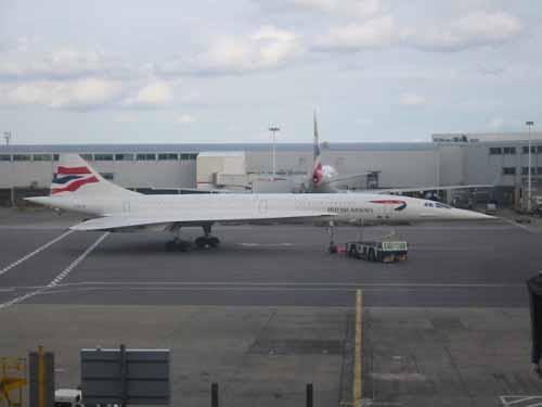 flight012-lounge-arriving1