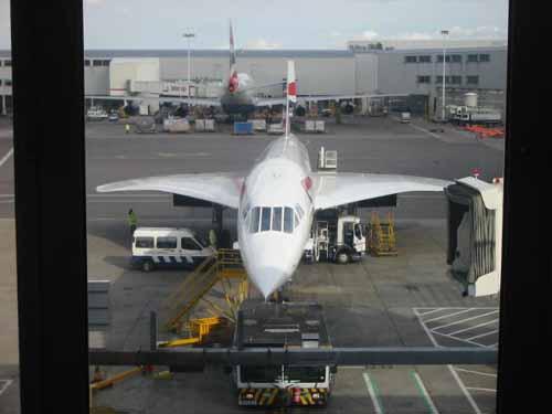 flight014-lounge-arriving5