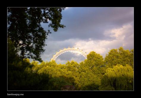 londoneye-overtrees.jpg
